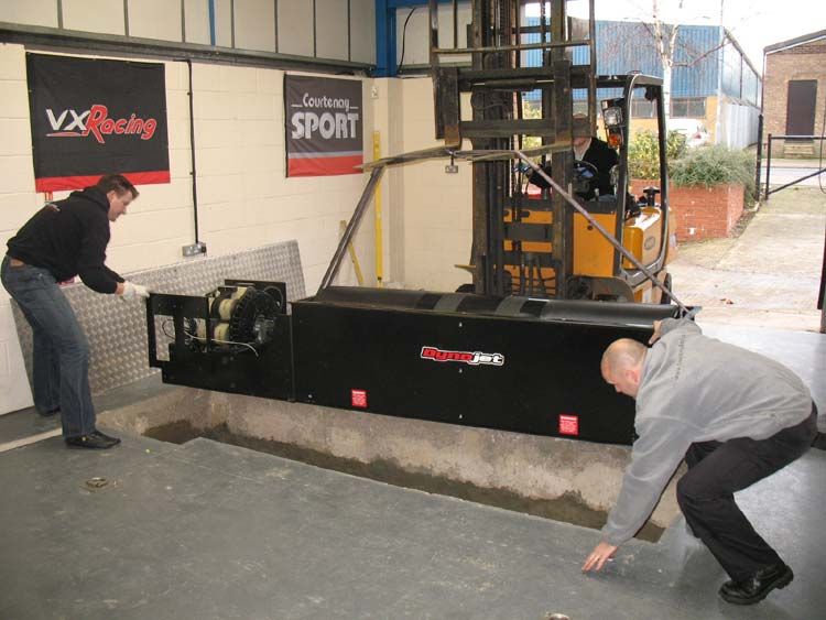 Installing the Dynojet roller pack - Click for Full Size